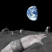 В арсенале у астронавтов должен оказаться компактный прибор, показывающий их движение по неизведанным просторам ночного светила. Поодаль видны (слева направо): лунная база, маяки и астронавт, посадочный модуль (иллюстрация researchnews.osu.edu).