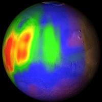 Области со сравнительно высокой концентрацией метана в марсианской атмосфере обозначены красным и желтым (фото НАСА).