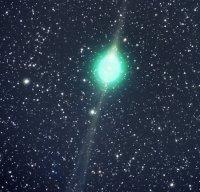 Фотография кометы Лулин, сделаная 1 февраля астрономом-любителем Джеком Ньютоном в своей приусадебной обсерватории через 14-дюймовый телескоп