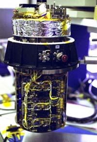 От этого прибора зависит, есть ли жизнь на Титане. На фото — газовый хроматограф и масс-спектрометр GCMS (изображение с сайта saturn.jpl.nasa.gov)